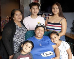 patient diagnosed with breast cancer while pregnant and family